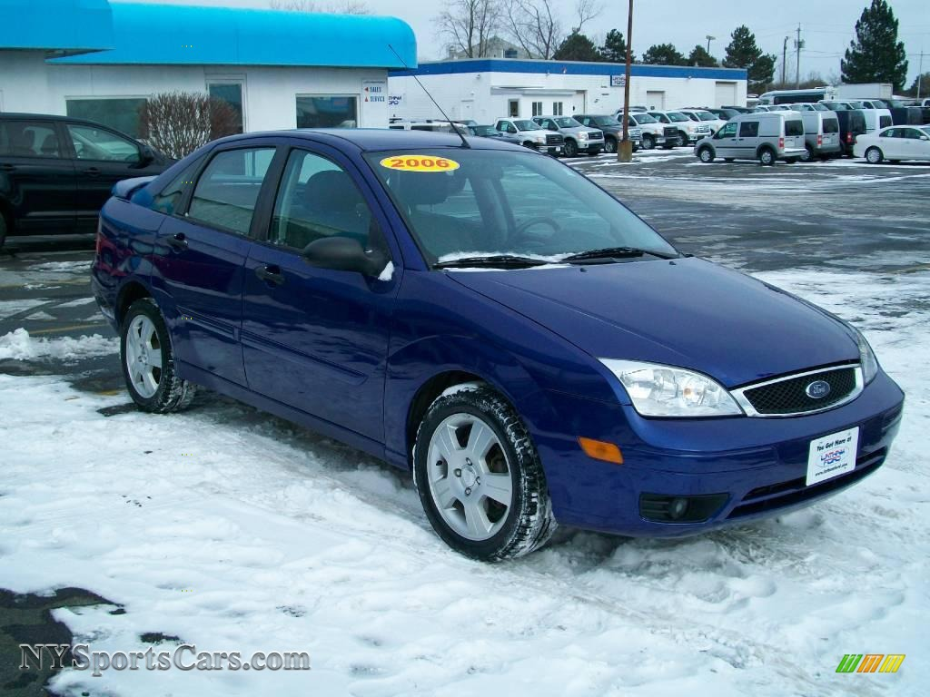 2006 ford focus zx4 ses sedan in sonic blue metallic photo. Black Bedroom Furniture Sets. Home Design Ideas