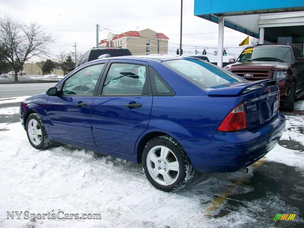 2006 ford focus zx4 ses sedan in sonic blue metallic photo 6 119988 cars. Black Bedroom Furniture Sets. Home Design Ideas