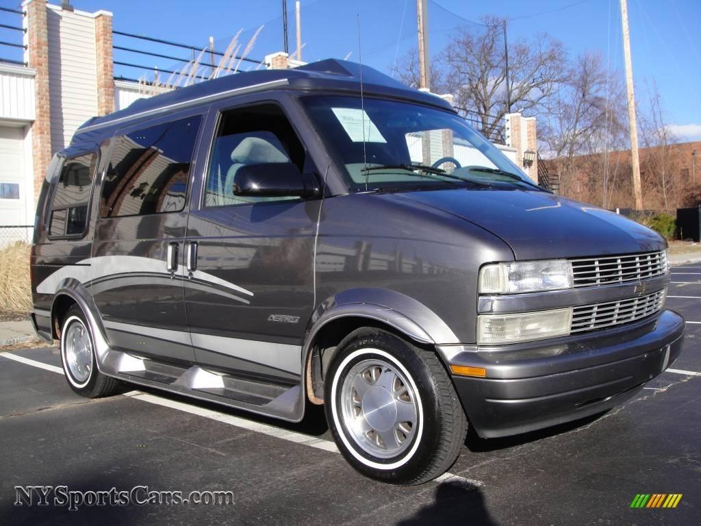 2001 Chevrolet Astro Lt Passenger Van In Medium Chacoal