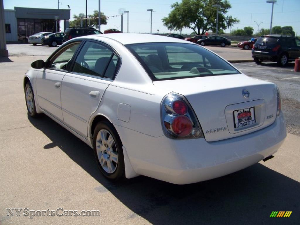 2006 nissan altima 2 5 s in satin white pearl photo 6 445603 cars for. Black Bedroom Furniture Sets. Home Design Ideas