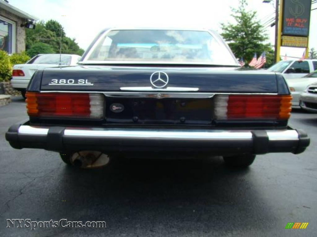 1982 mercedes benz sl class 380 sl roadster in dark blue for Mercedes benz buy here pay here