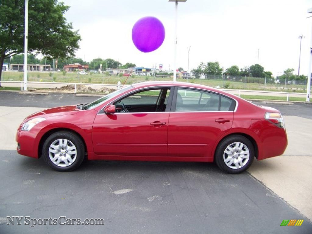 2009 Nissan Altima Red 200 Interior And Exterior Images