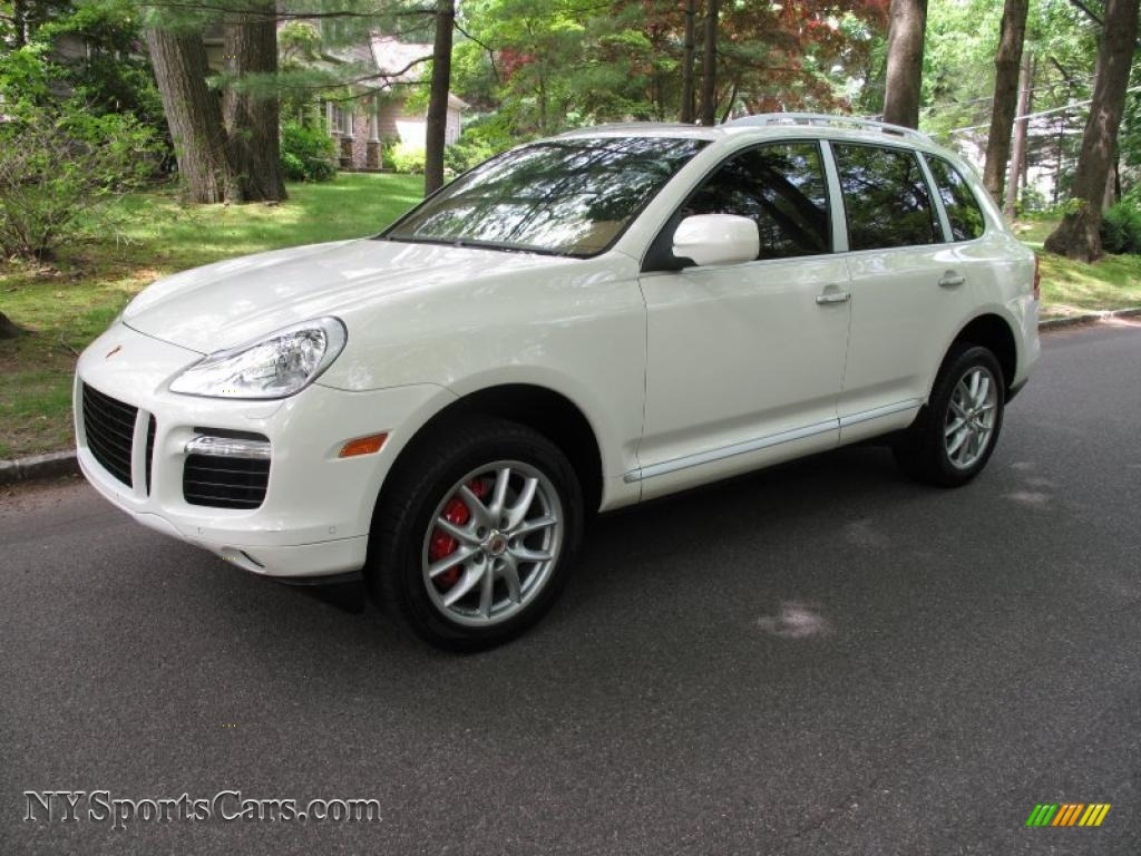 2008 Porsche Cayenne Turbo In Sand White Photo 16