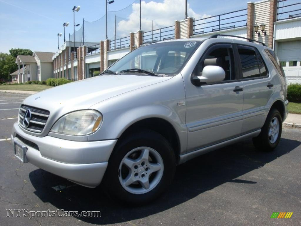 1998 mercedes benz ml 320 4matic in brilliant silver for Ml320 mercedes benz 1998