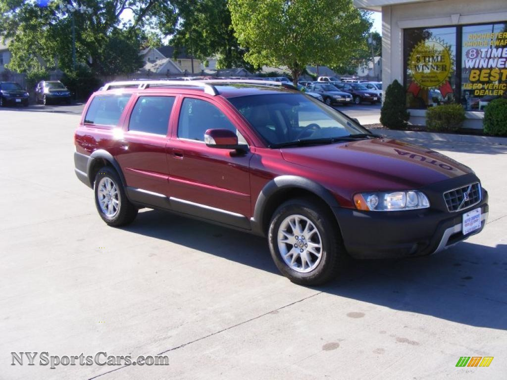 2007 volvo xc70 awd cross country in ruby red metallic photo 2 258032. Black Bedroom Furniture Sets. Home Design Ideas