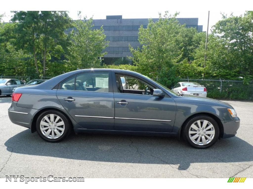 2009 Hyundai Sonata Limited V6 In Slate Blue Photo 2