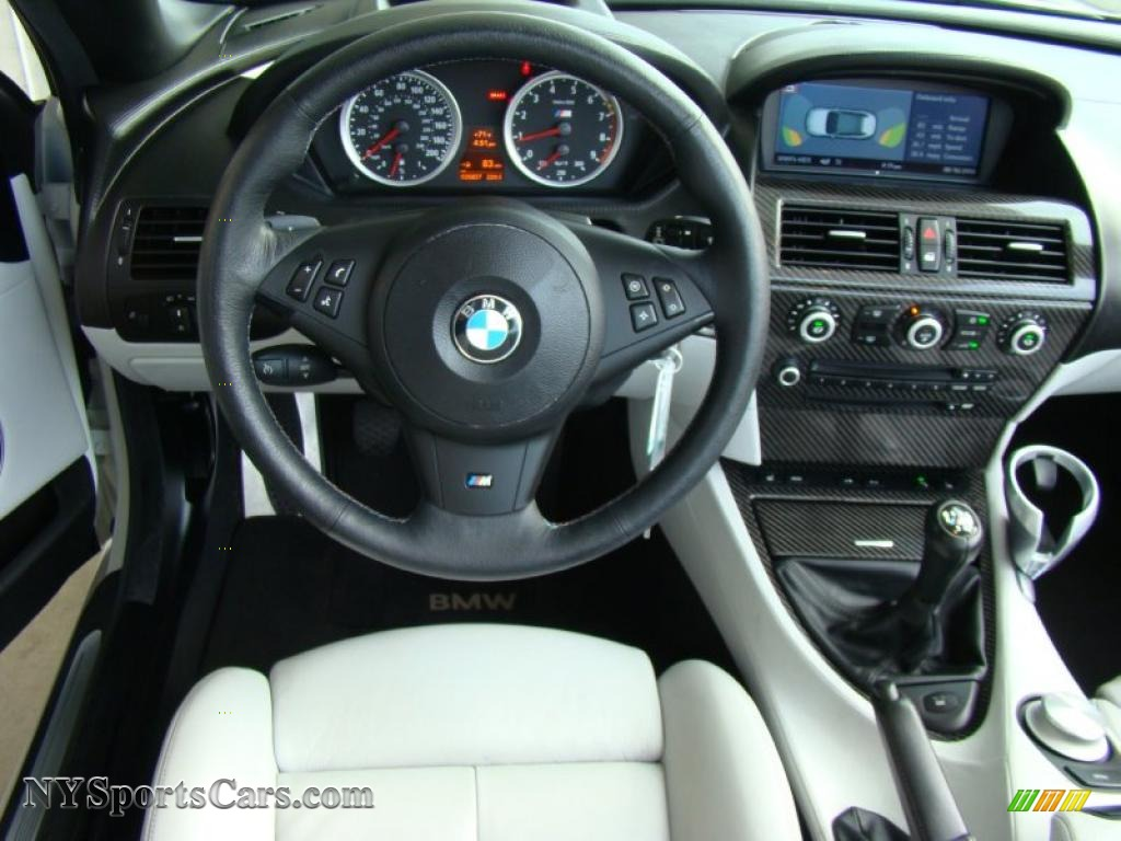 2008 BMW M6 Convertible in Alpine White photo 7  Y79689