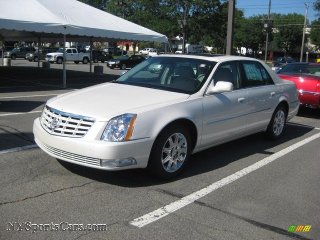 2011 cadillac dts luxury in white diamond tricoat 108724 cars for sale in. Black Bedroom Furniture Sets. Home Design Ideas