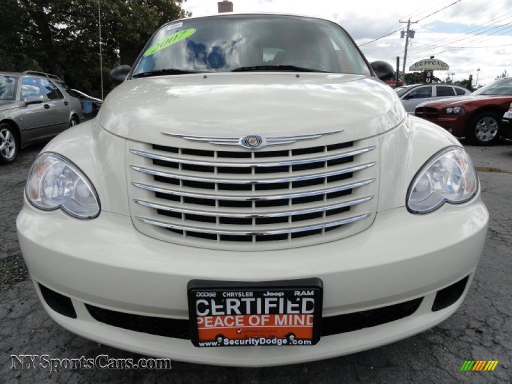 2007 Chrysler Pt Cruiser In Cool Vanilla White Photo 2