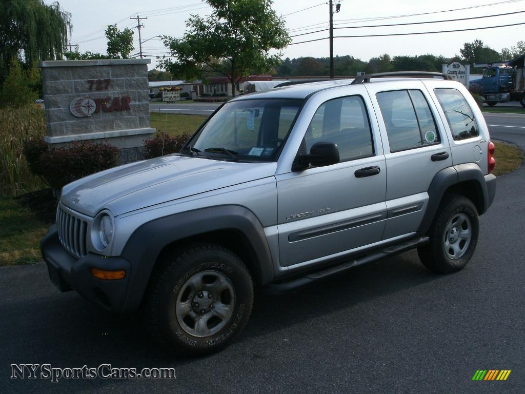 2002 jeep liberty sport 4x4 in bright silver metallic. Black Bedroom Furniture Sets. Home Design Ideas