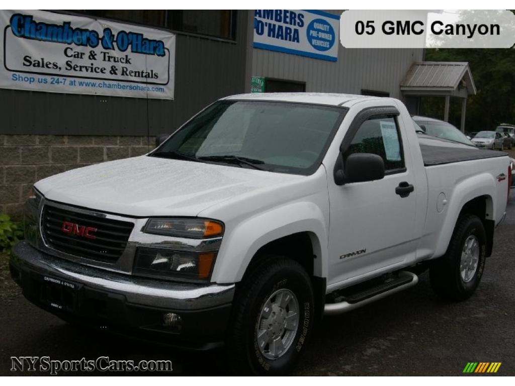 2005 gmc canyon sle regular cab 4x4 in summit white 174549 nysportscars com cars for sale in new york nysportscars com