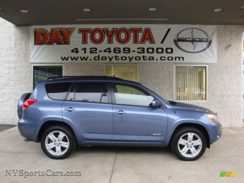 toyota rav4 compare le and limited autos post. Black Bedroom Furniture Sets. Home Design Ideas