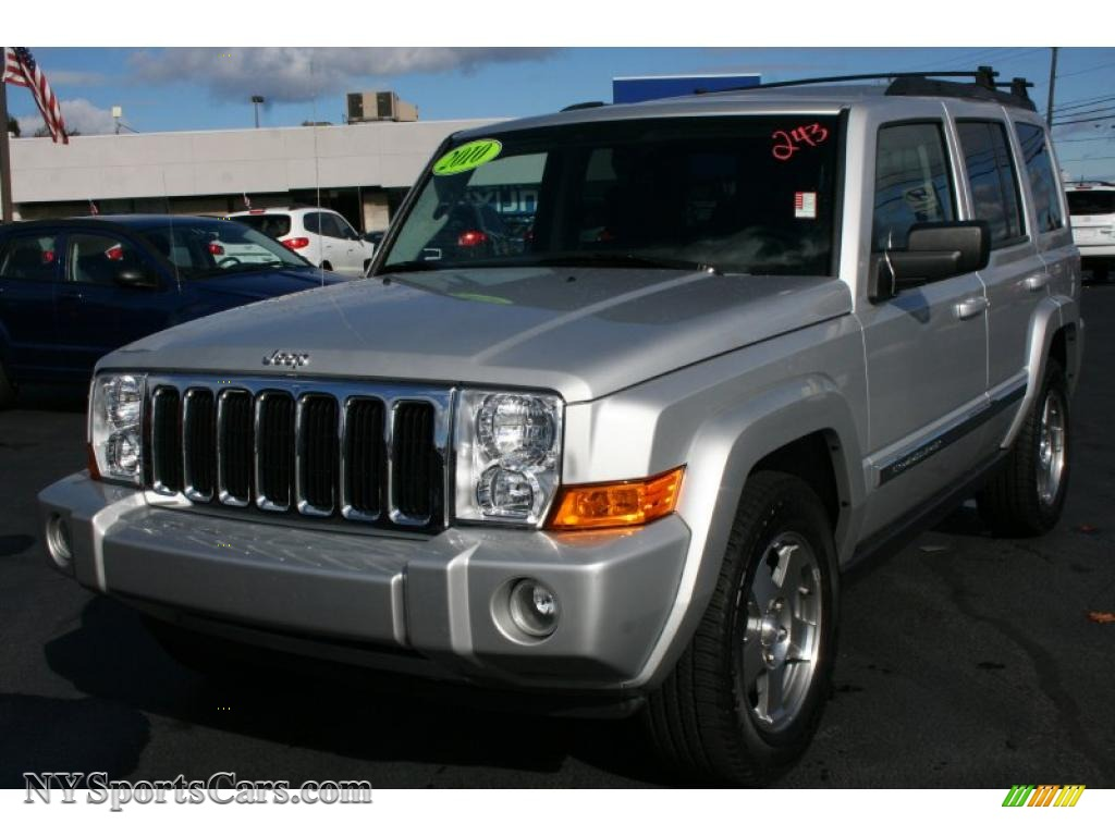 2010 jeep commander sport 4x4 in bright silver metallic 128087 cars for. Black Bedroom Furniture Sets. Home Design Ideas