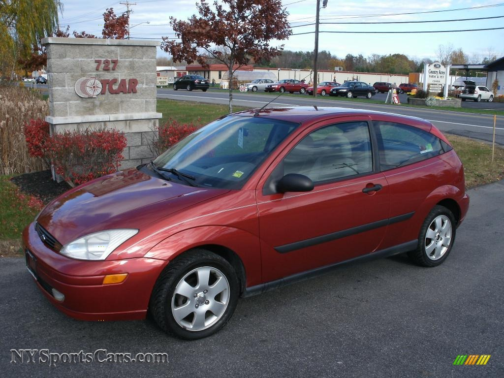 2001 ford focus zx3 coupe in sangria red metallic 147936 cars for sale in. Black Bedroom Furniture Sets. Home Design Ideas