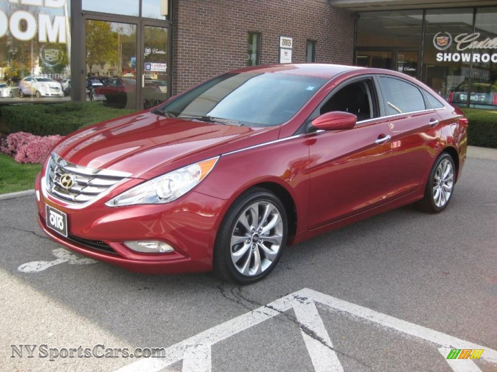 2011 Hyundai Sonata Se In Venetian Red 060266