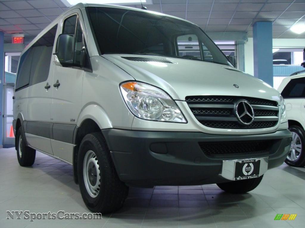 2010 mercedes benz sprinter 2500 passenger van in for Mercedes benz sprinter 2500 passenger van for sale