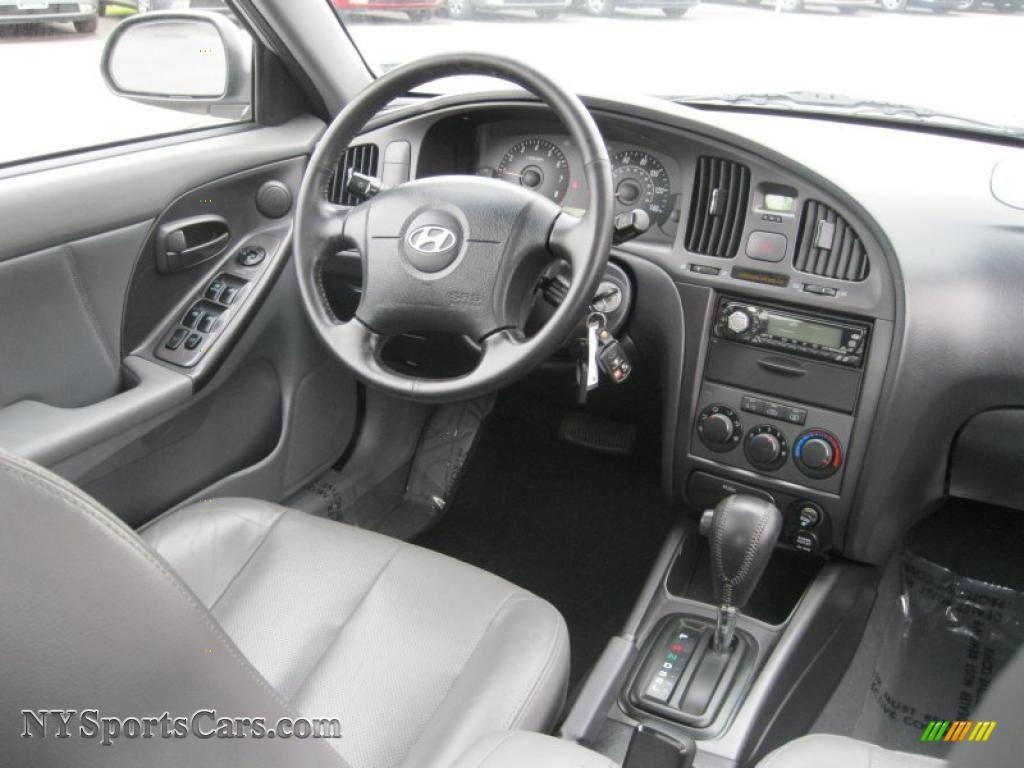 2004 hyundai elantra gt hatchback in sterling silver photo 4 127038 nysportscars com cars for sale in new york nysportscars com