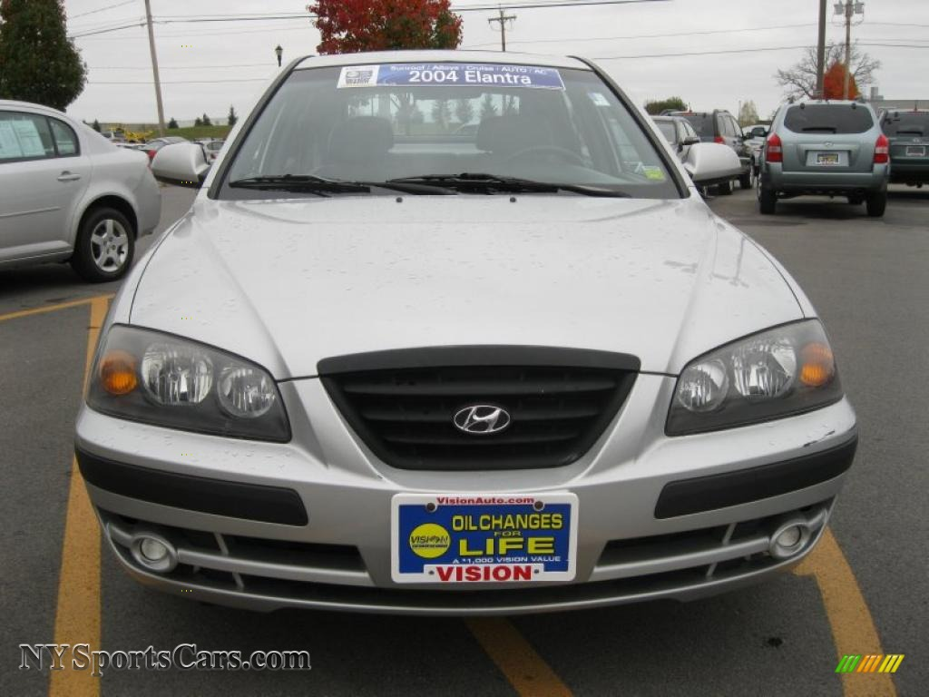 2004 Hyundai Elantra GT Hatchback in Sterling Silver photo ...
