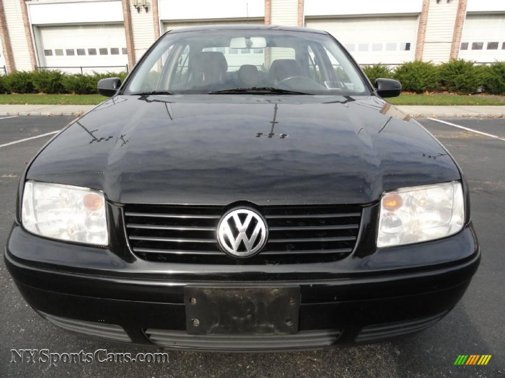 2003 volkswagen jetta wolfsburg edition 1 8t sedan in black photo 2 197119. Black Bedroom Furniture Sets. Home Design Ideas