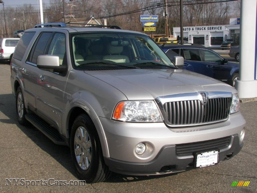 2004 Lincoln Navigator Ultimate 4x4 In Silver Birch