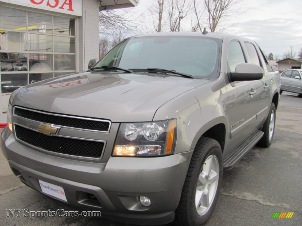 2007 chevrolet avalanche lt 4wd in graystone metallic 298873 cars for. Black Bedroom Furniture Sets. Home Design Ideas