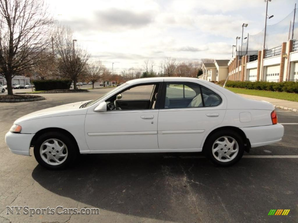 1999 nissan altima gxe in cloud white photo #3 - 152625
