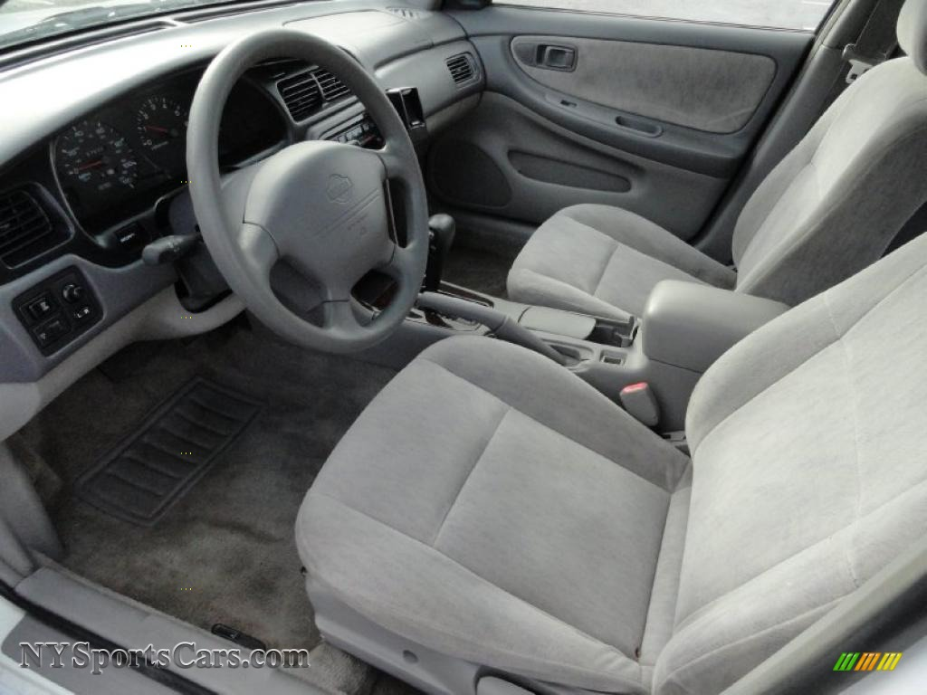 1999 nissan altima gxe in cloud white photo #9 - 152625