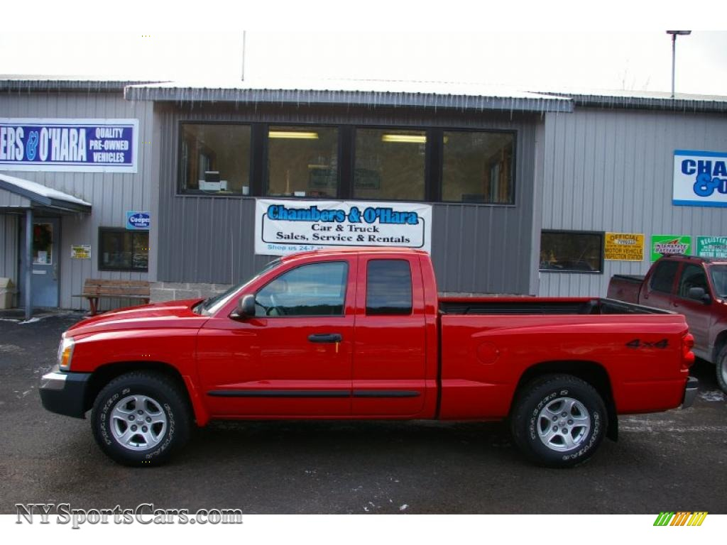 2005 dodge dakota slt club cab 4x4 in flame red photo 2. Black Bedroom Furniture Sets. Home Design Ideas