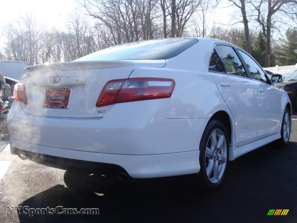 2008 toyota camry se v6 in super white photo 4 566081 cars for sale in. Black Bedroom Furniture Sets. Home Design Ideas