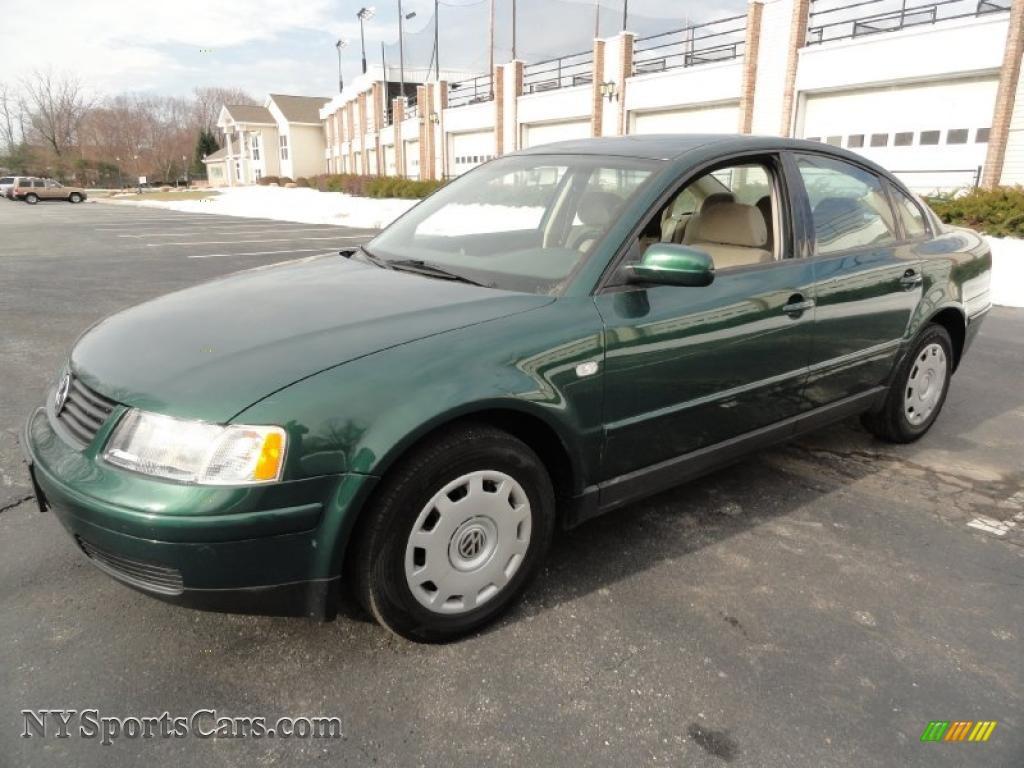 VW vw passat 2001 : 2001 Volkswagen Passat GLS Sedan in Pine Green Metallic - 011353 ...