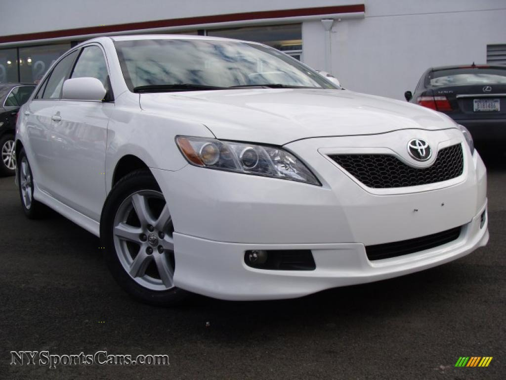 2008 toyota camry se v6 in super white 565895 cars for sale in new york. Black Bedroom Furniture Sets. Home Design Ideas