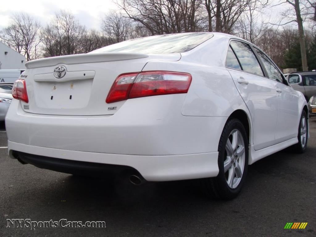 2008 toyota camry se v6 in super white photo 4 565895 cars for sale in. Black Bedroom Furniture Sets. Home Design Ideas
