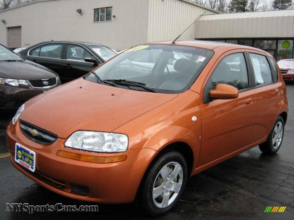 2006 Spicy Orange Chevrolet Aveo LS Hatchback #8087063 Photo #4 ...