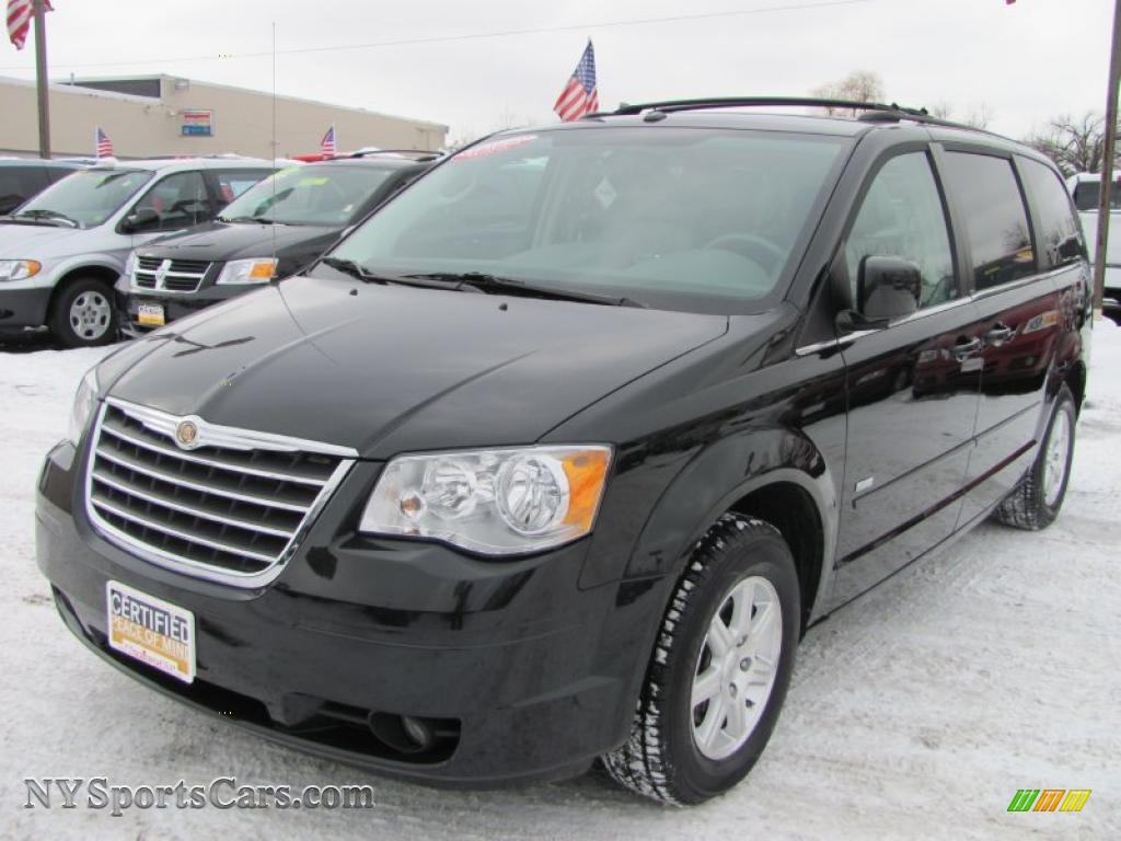 2008 chrysler town country touring signature series in brilliant black crystal pearlcoat. Black Bedroom Furniture Sets. Home Design Ideas