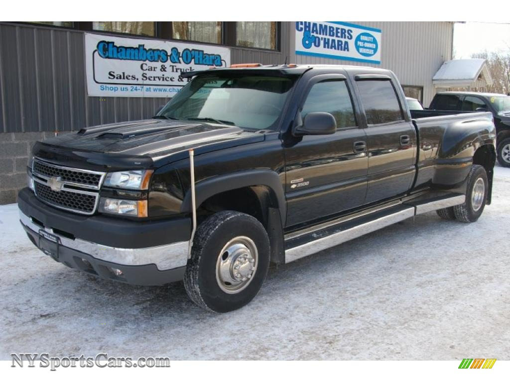 2005 Chevrolet Silverado 3500 LT Crew Cab 4x4 Dually in Black - 800364