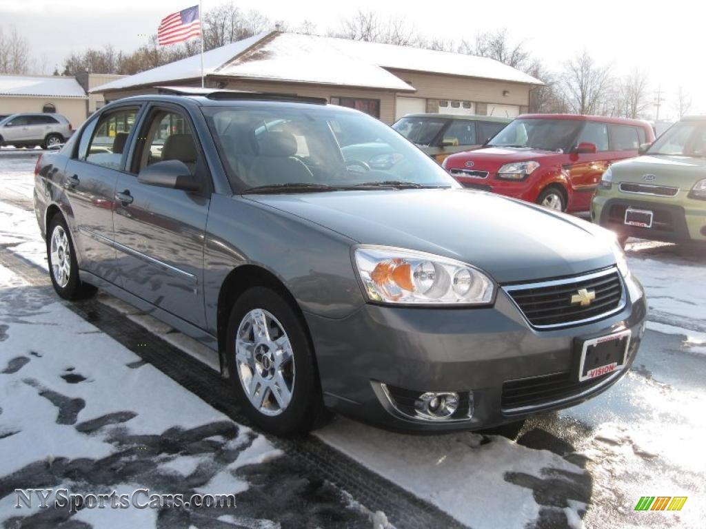 Medium Gray Metallic / Titanium Gray Chevrolet Malibu LT V6 Sedan