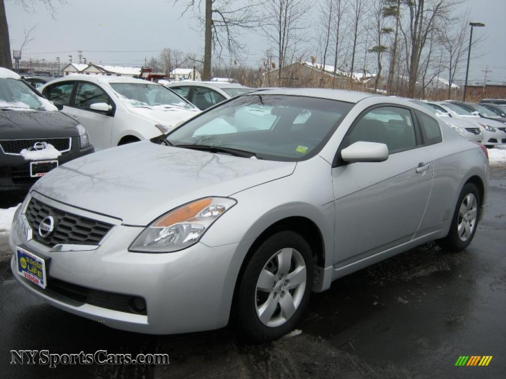 2008 nissan altima 2 5 s coupe in radiant silver metallic. Black Bedroom Furniture Sets. Home Design Ideas