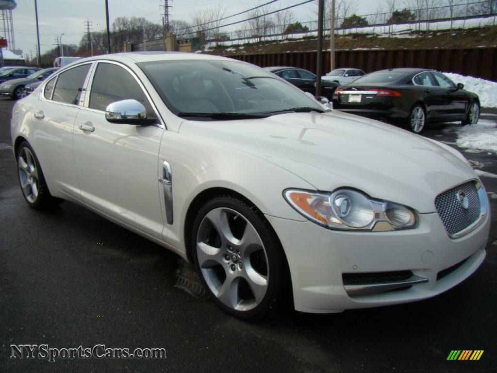 2009 jaguar xf supercharged in porcelain white photo 7. Black Bedroom Furniture Sets. Home Design Ideas