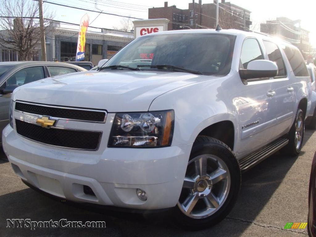 2008 chevrolet suburban 1500 lt 4x4 in summit white 157342 cars for sale. Black Bedroom Furniture Sets. Home Design Ideas
