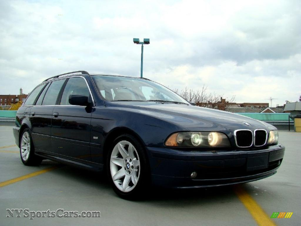 2003 BMW 5 Series 525i Sport Wagon in Orient Blue Metallic photo