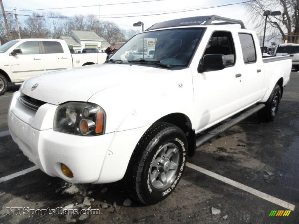 2004 nissan frontier xe v6 crew cab 4x4 in avalanche white avalanche white gray nissan frontier xe v6 crew cab 4x4 vanachro Gallery