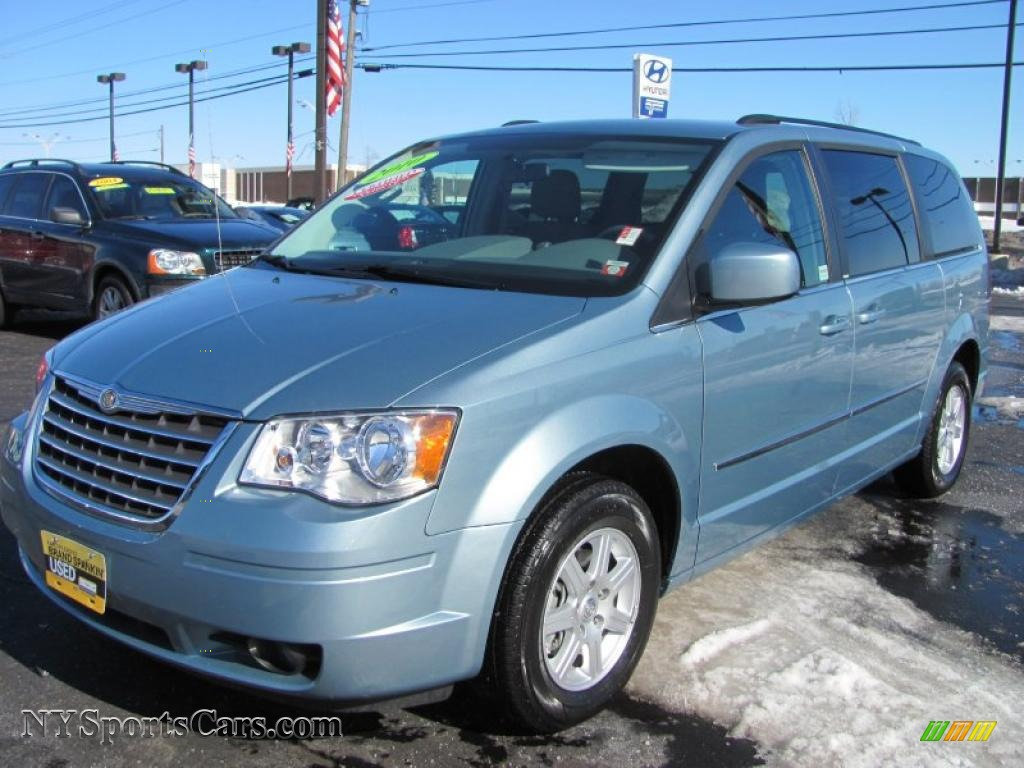 Blue Pearl Clearwater >> 2010 Chrysler Town Country Touring In Clearwater Blue Pearl