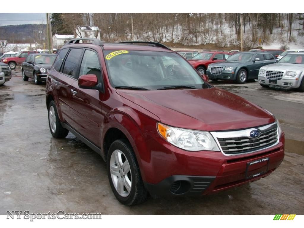 2009 subaru forester 2 5 x premium in camellia red pearl photo 14 769171. Black Bedroom Furniture Sets. Home Design Ideas
