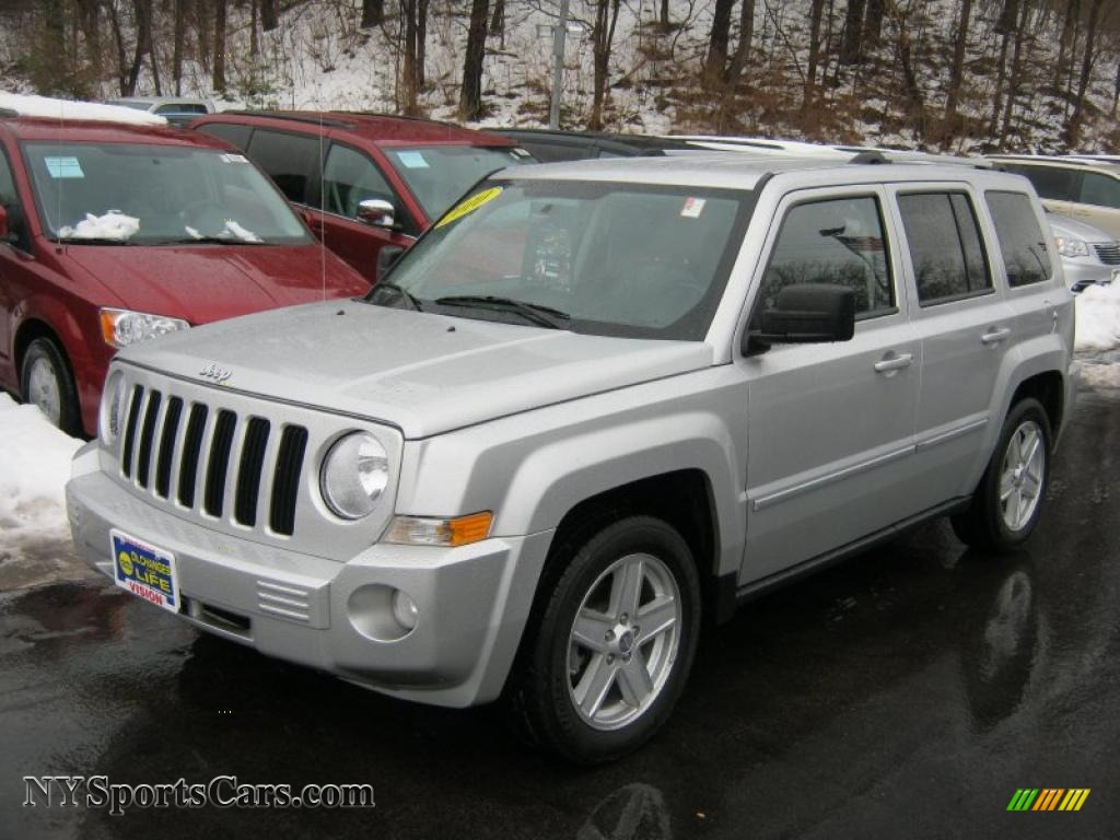 2010 jeep patriot limited 4x4 in bright silver metallic - 535434