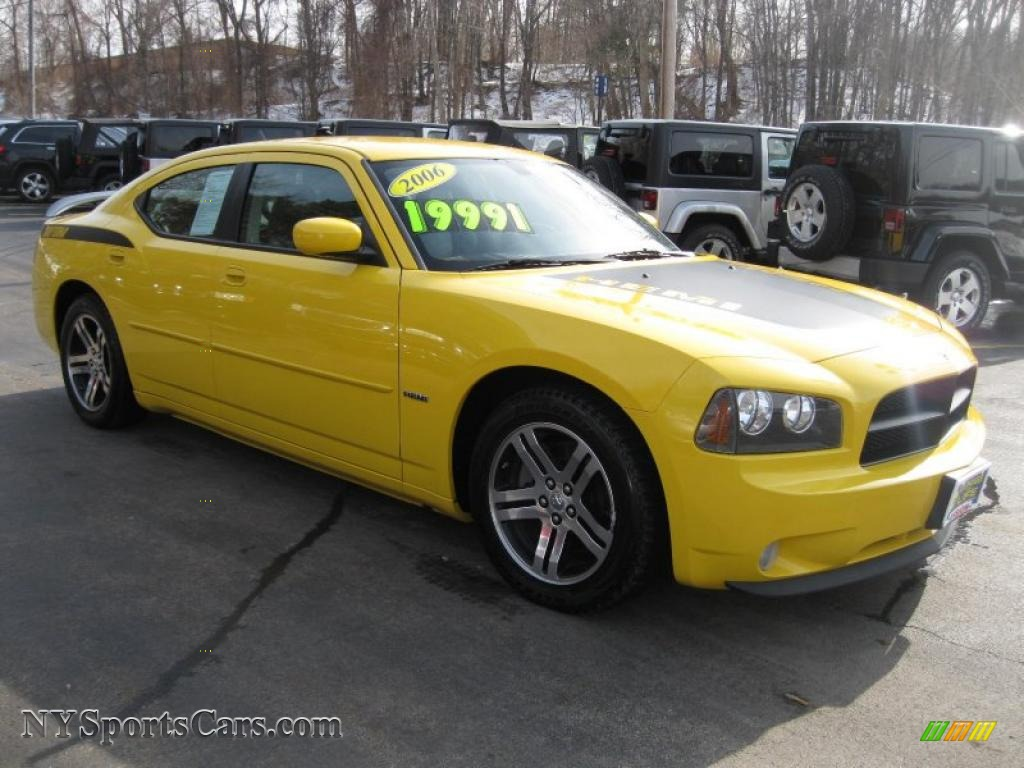 2006 dodge charger r t daytona in top banana yellow photo 16 347409 cars. Black Bedroom Furniture Sets. Home Design Ideas