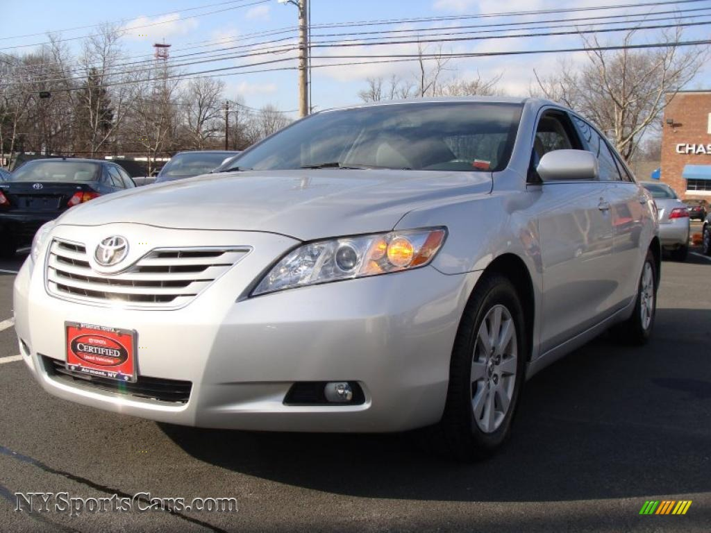 2008 toyota camry xle v6 in classic silver metallic 067634 cars for sale. Black Bedroom Furniture Sets. Home Design Ideas