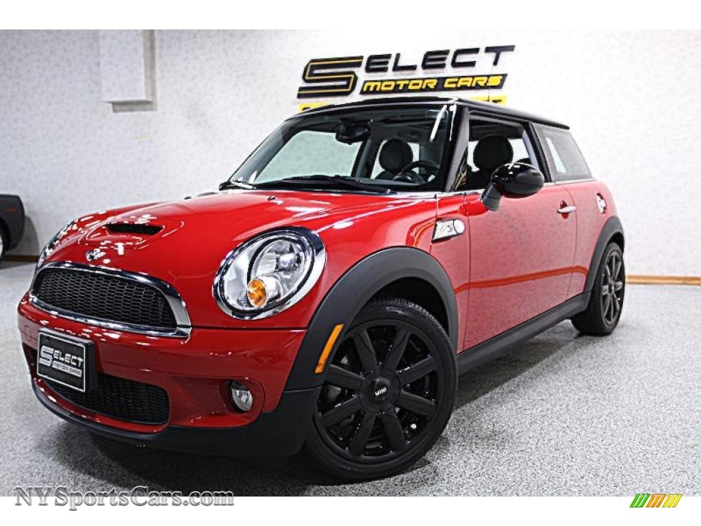 Chili Red / Grey/Carbon Black Mini Cooper S Hardtop