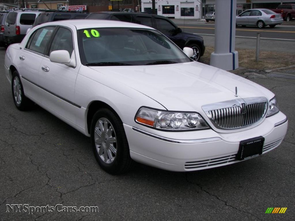 2010 lincoln town car for sale	  2010 Lincoln Town Car Signature Limited in Vibrant White - 623314 ...