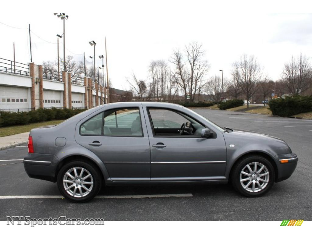 2004 Volkswagen Jetta Sedan 2.0 related infomation,specifications - WeiLi Automotive Network