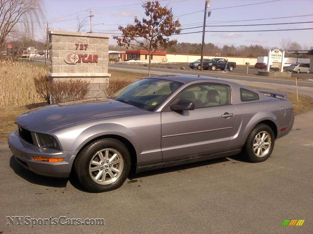 2006 Ford Mustang V6 Deluxe Coupe In Tungsten Grey